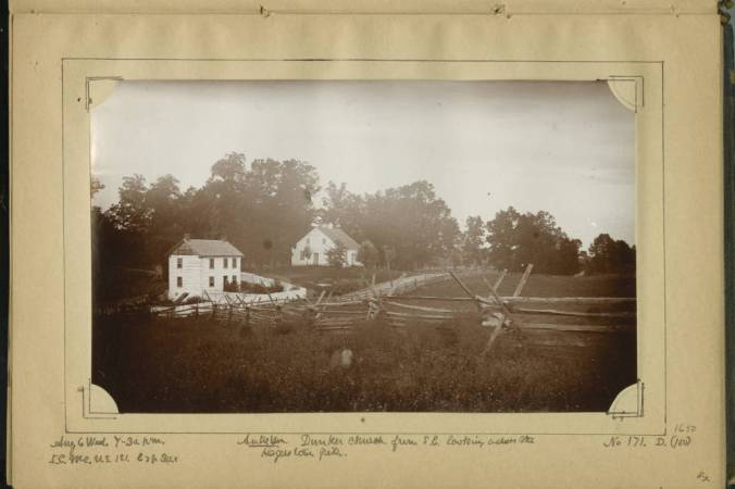 Antietam_Dunker_Church_from_SE_looking_across_the_Hagerstown_Pike